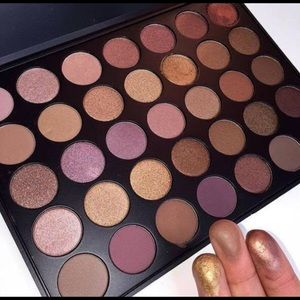 Morphe 35T Dope Taupe Palette